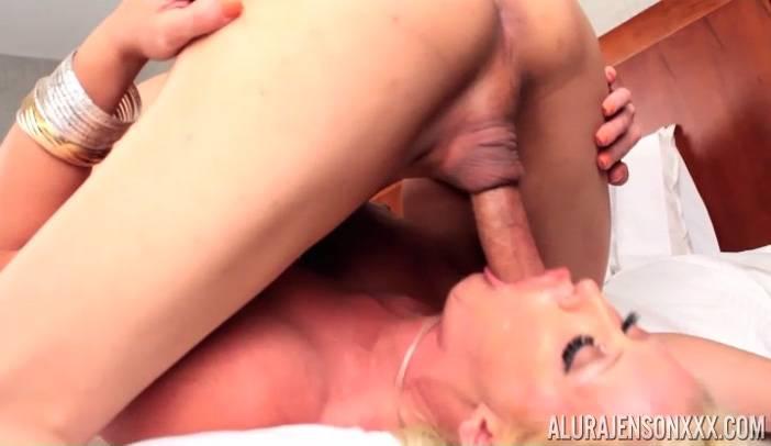 Alura Jenson 69 with TS Venus Lux