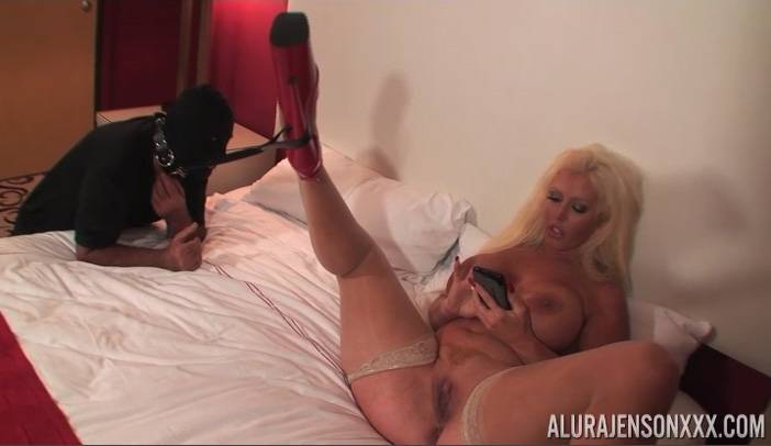 Alura Jenson and Cockhold in hardcore sex action