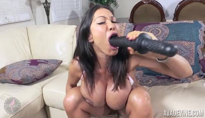 Ava Devine Huge Boob Nasty Slut Talk Solo