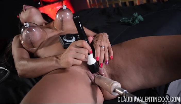 Claudia Valentine with the Ultimate Fucking Machine