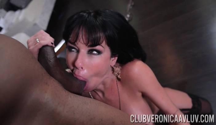 Veronica Avluv Sucks Jovan Jordan's Black Cock and Balls