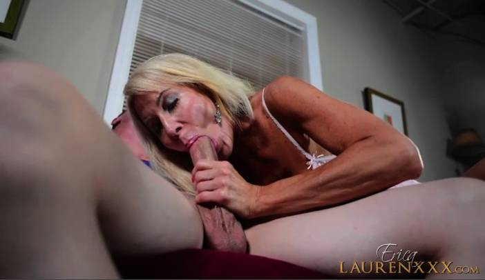 Ericka Lauren gives Jesse Jones a BlowJob Treat