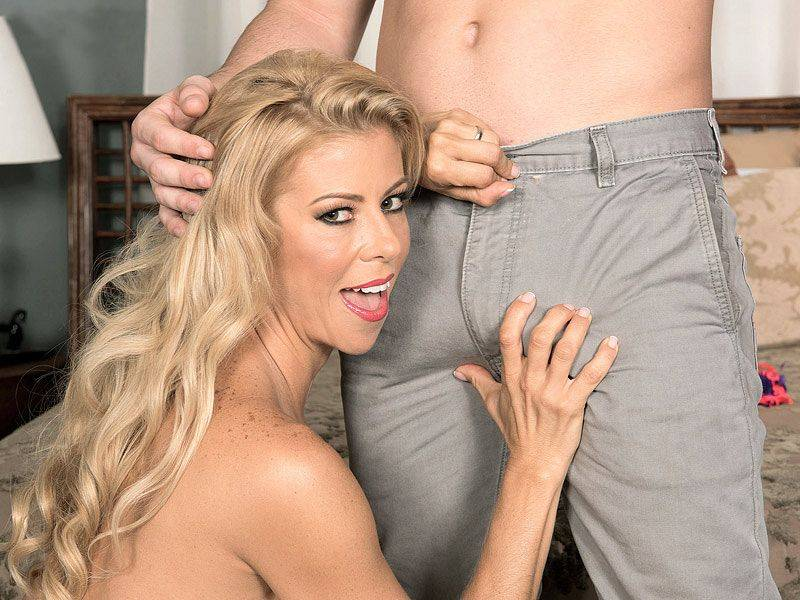 Alexis Fawx and the luckiest man in the universe