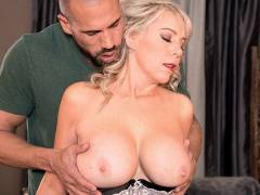 MILF Of The Month with Tarise Taylor
