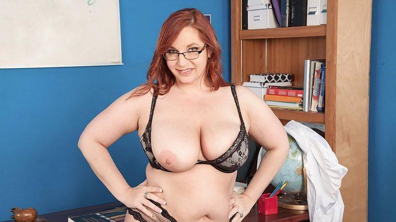 Sadie Spencer : Top Heavy Teacher
