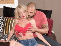 Hardbody and a creampie for Raquel Sultra