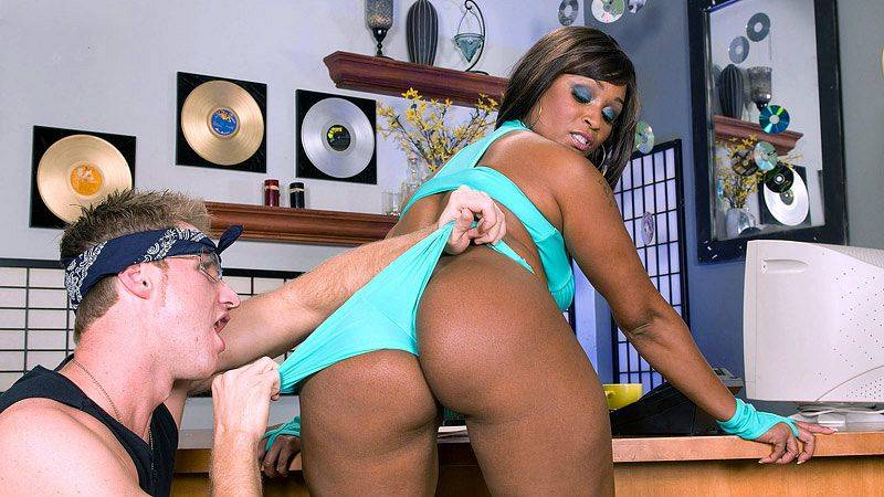 Hoochie On Her Hustle with Kara Kane