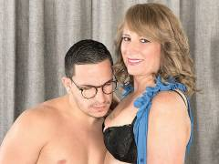 Mature Catrina Costa making the first fuck video