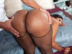 Layla Monroe is the big butt queen