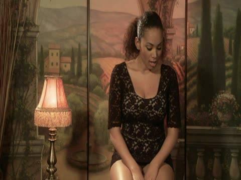 Girls Tribbing Girls: Sovereign And Serena