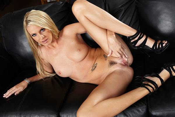 Screwed Over – Aj Bailey