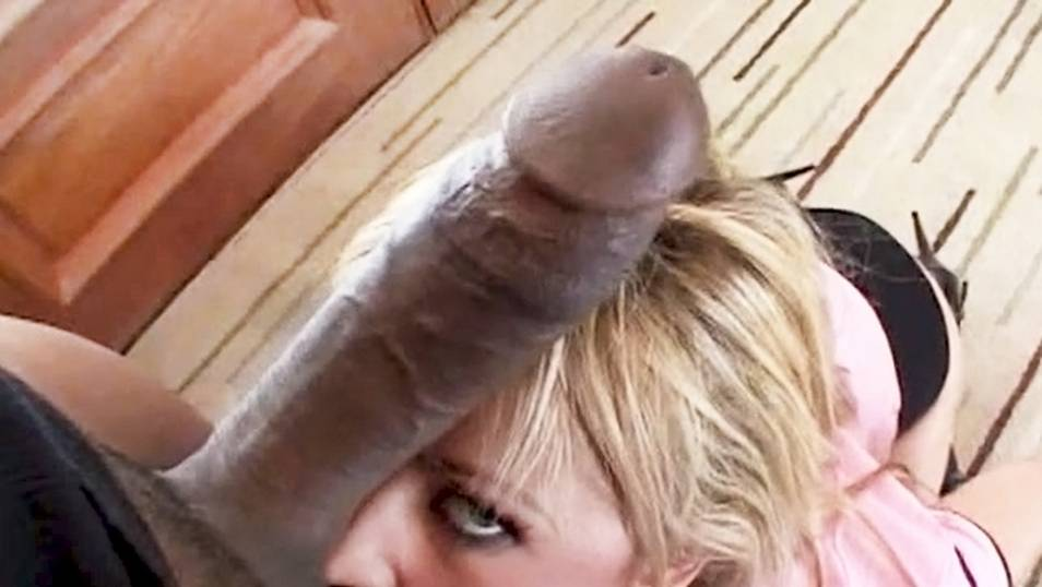 Big black cock makes her squirt like a geyser