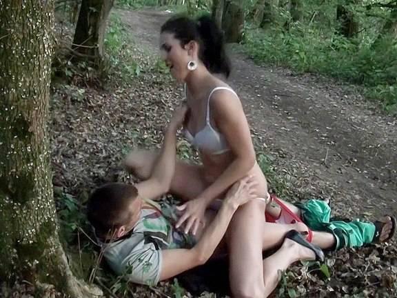 Sexy girl voyeured masturbating