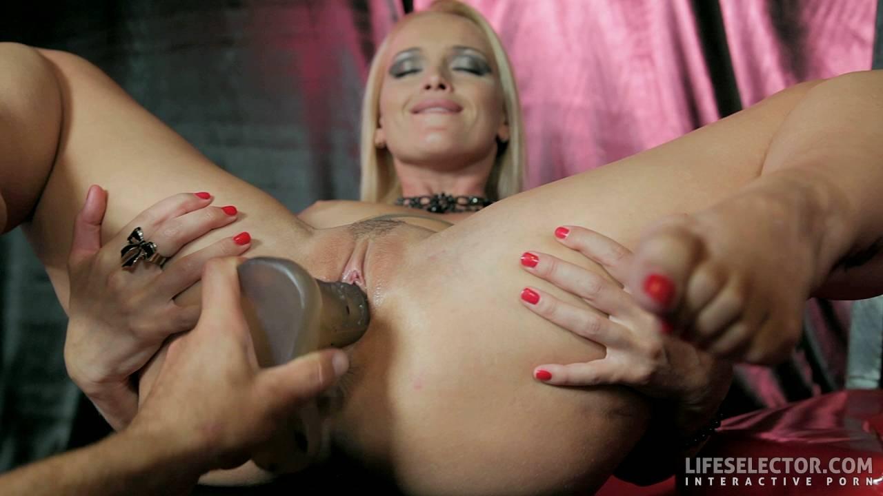 Sex with Kathia Nobili