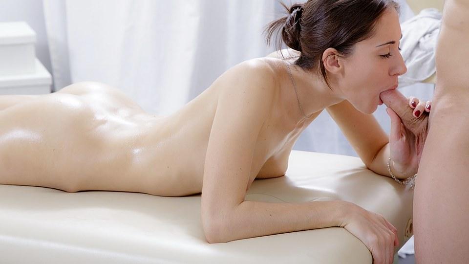 supruga prisiljeni analni seks