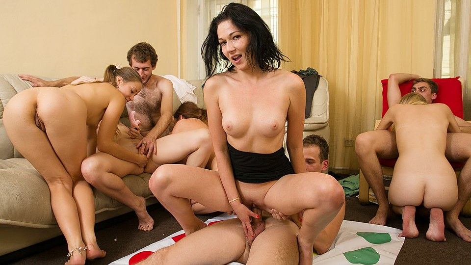 Group sex at college — pic 4