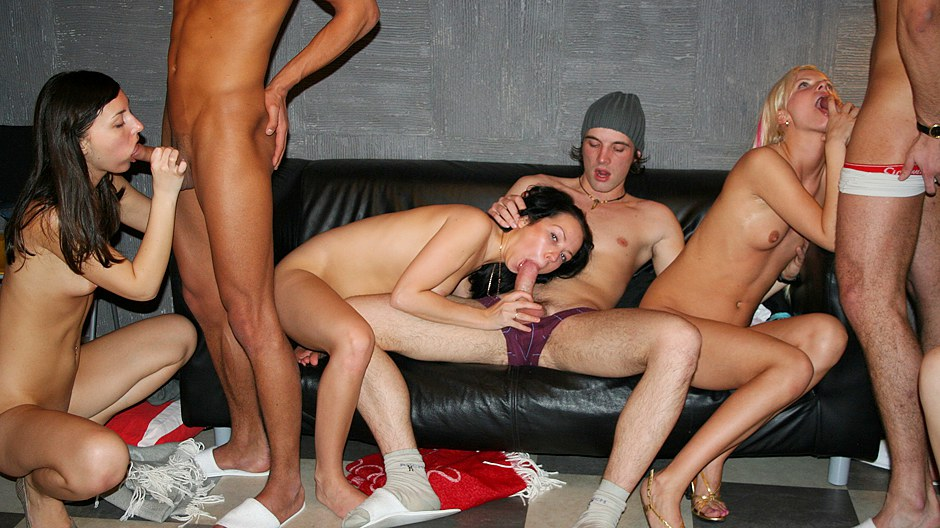 University group sex, milf pussi
